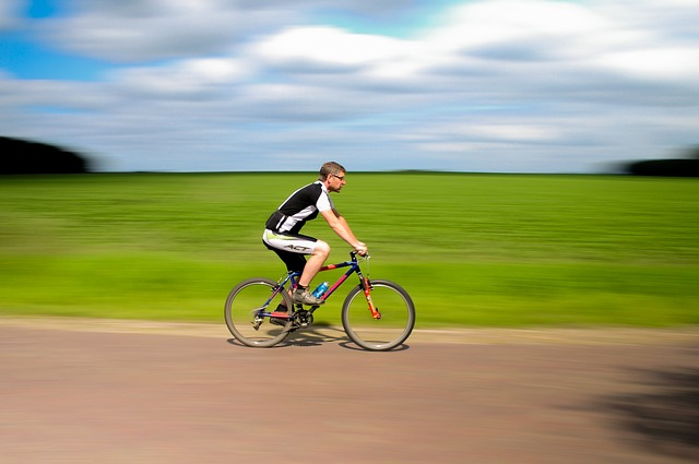 How bike cycling benefits the human body